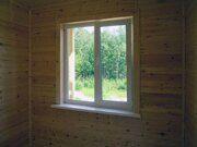 Пластиковые окна и деревянная отделка в интерьере дачного домика в Пензе